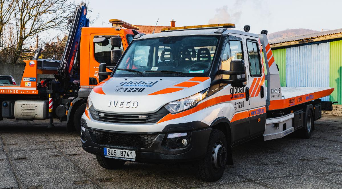 Autodoprava Jelínek v Ústí nad Labem - komplexní služby v oblastech autodoprava, autoservis, odtahová služba, pneuservis a další.